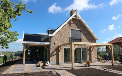Oplevering villa met bijgebouw te Gorinchem